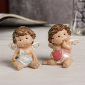 """Сувенир полистоун """"Ангел-малыш с листиком в волосах с сердцем/стрелой"""" МИКС 6,5х6х4,5 см   3590536"""