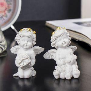 """Сувенир полистоун """"Белый ангел с золотым ободком с подарком/мишкой"""" МИКС 6х4,5х4,5 см   3590511"""
