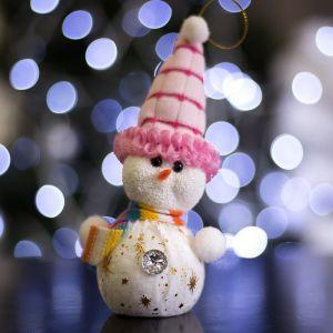 "Игрушка световая ""Снеговик в розовой шапочке"" (батарейки в комплекте) 6х17 см, 1 LED RGB 1077487"