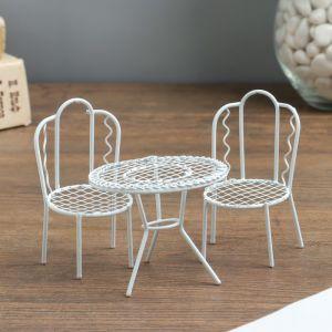 "Сувенир металл ""Стол и два стула"" набор 3 шт стол 6х7х7 см стул 8,5х5х4,7 см 2778970"