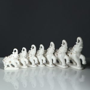 "Набор из 7 статуэток ""Слоны"" белая лепка Гламур 3789310"