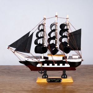 Корабль «Ариадна», 20х5х19см, черные паруса   4415138