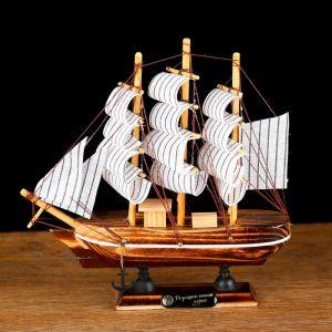 Корабль сувенирный малый «Акару», 20 ? 4,5 ? 19 см 452022