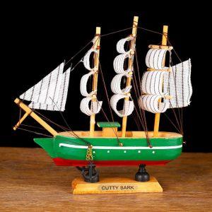 Корабль сувенирный малый «Цикада», борта зелёные с белой полосой, паруса белые, 16?4?13,5 см 564169