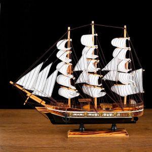 Корабль сувенирный средний «Атаго», микс, 38х44х7 1154017