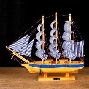 Корабль сувенирный средний «Эрна», 40х7,5х38 564191
