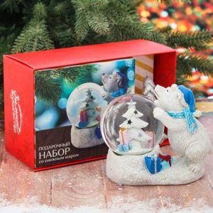 Набор «Мишка с севера»: снежный шар, свеча
