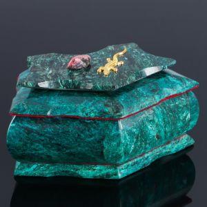"Ларец ""Пятигранный"" 16х9х8 см, натуральный камень, змеевик 3956925"