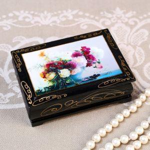 Шкатулка «Розовые и белые цветы», 8?10 см, лаковая миниатюра 4815063