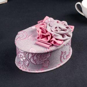 "Шкатулка ткань для украшений овал ""Розовые розы"" 10х17х13 см 3094170"