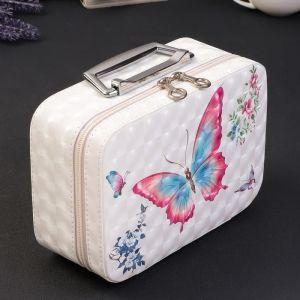 """Шкатулка кожзам для косметики """"Бабочки"""" 3D 9х15,5х22,5 см   4571886"""