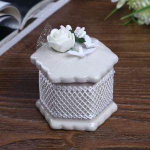 "Шкатулка керамика ""Белая роза с голубками""  7х6х6 см   4291244"