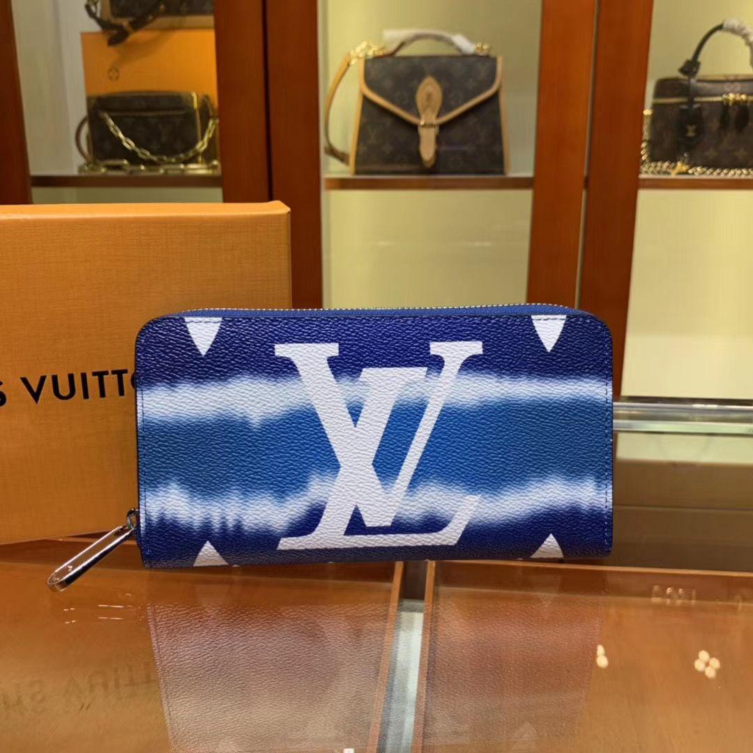 Кошелек Louis Vuitton Zippy