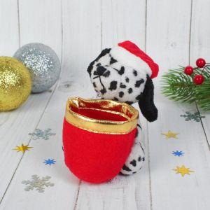 Мягкая игрушка-подвеска «Пёсик в колпаке», с корзинкой, цвета МИКС