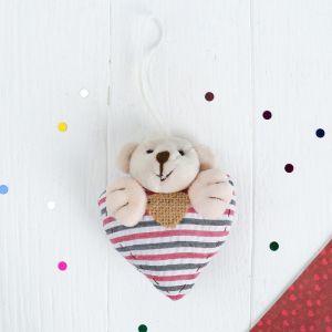 Мягкая игрушка-подвеска «Мишка с сердцем», в полосочку, цвета МИКС