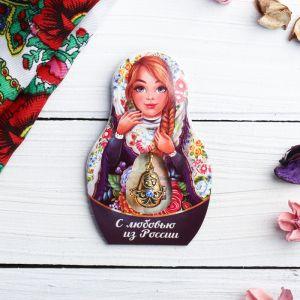 Подвеска-матрёшка на открытке «С любовью из России»