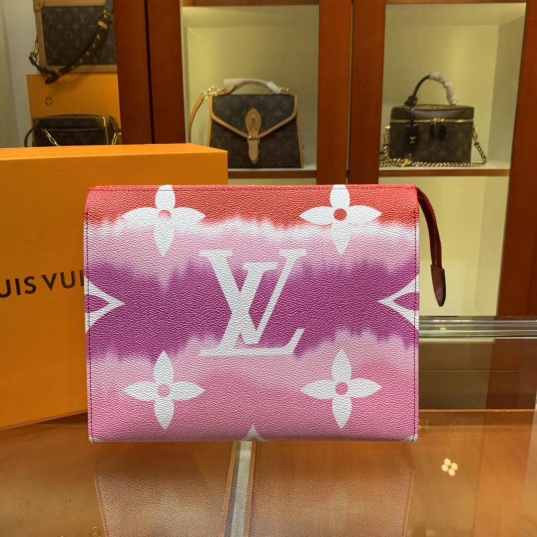 Клатч Louis Vuitton Escale