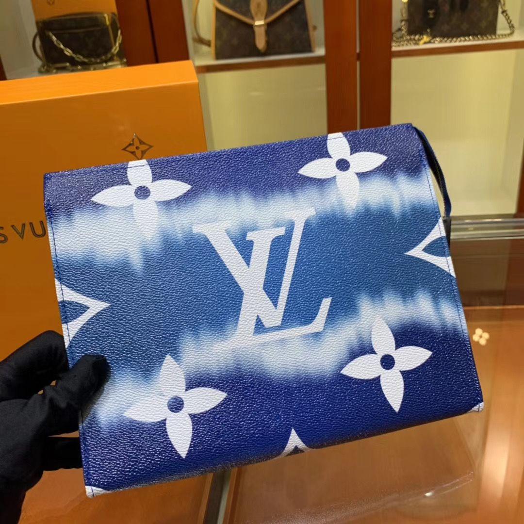 Папка Louis Vuitton Escale