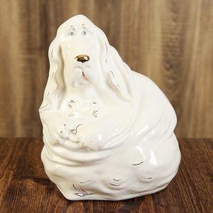 "Копилка ""Собака Бассет Хаунд на монетах"", глянец, белый цвет, 24 см"