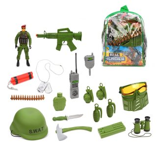 Игровой набор Юный герой, фигурка, шлем, защитная маска, оружие 3 шт., бинокль, рация, аксессуары 11 шт., сумка