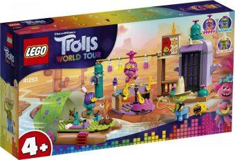 Констр-р LEGO Trolls Приключение на плоту в Кантри-тауне