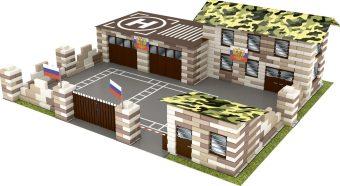 Конструктор из кирпичиков Военная База (800 деталей) + 10 солдатиков