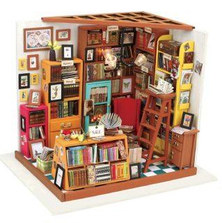 Конст-р интерьерный Книжный магазинчик, 221 эл, подсветка