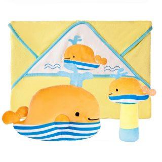 """Подарочный набор """"Веселый кит"""": полотенце, погремушка и подушка"""