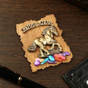 """Магнит """"Лошадь"""", дерево, гипс, 7х9 см 4840068"""