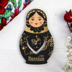 Магнит-матрёшка с подвесом Russian style