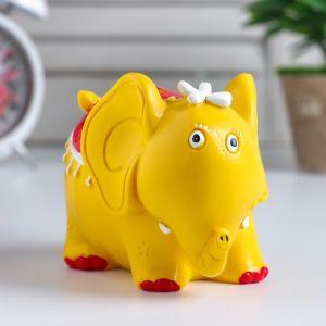 """Копилка полистоун """"Жёлтый слон с цветком и в красной попоне"""" 10х13х9 см 1935723"""