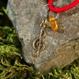 """Браслет-оберег """"Красная нить. Музыкальный ключ"""" с подвеской, янтарь 3803555"""