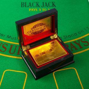 """Карты игральные пластиковые """"100 долларов"""", 54 шт, 30 мкм, 8.5?4,5 см, в шкатулке микс 1130241"""