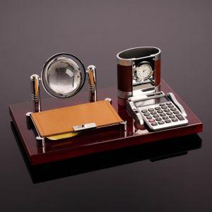 Набор настольный 4в1 (блок д/бумаг, карандашница с часами, калькулятор, глобус) 4428136