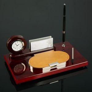 Набор настольный 4в1 (часы в круге, визитница, ручка, блок с бумагой) 30*20см 186789