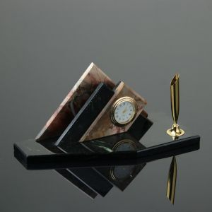 """Набор настольный """"Треугольник"""", с подставкой под ручку, 21х9х9 см, яшма, змеевик   4211942"""