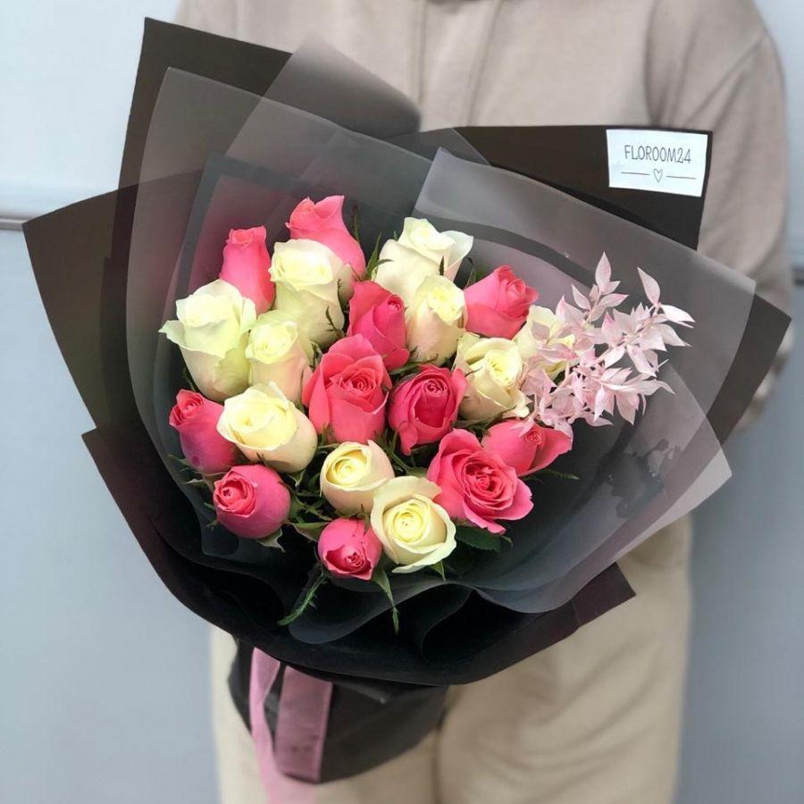21 кенийская роза в стильной упаковке