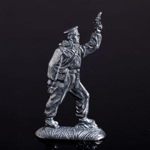 """Оловянный солдатик """"Пограничник с ракетницей"""" 1298815"""