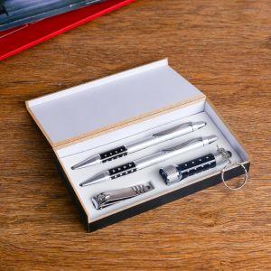 Набор подарочный 4в1 (2 ручки, кусачки, фонарик черный) 427396