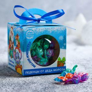 Конфеты в шаре с наклейками «Приятных сюрпризов», 60 г 4336903