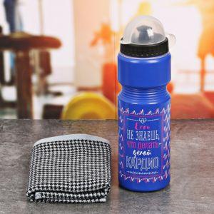 Набор «Делай кардио»: бутылка для воды 800 мл, полотенце 30 см ? 30 см, чехол 2588932