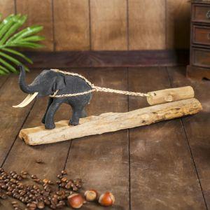 Слоник с бревном 33*15,5 см. манговое дерево   4344292
