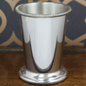 Традиционный  бокал из британского пьютера Мятный Джулеп Mint Julep Pewter Cup.