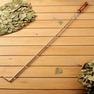 Кочерга металлическая с деревянной ручкой, с узором, 70?16?3 см   4461109