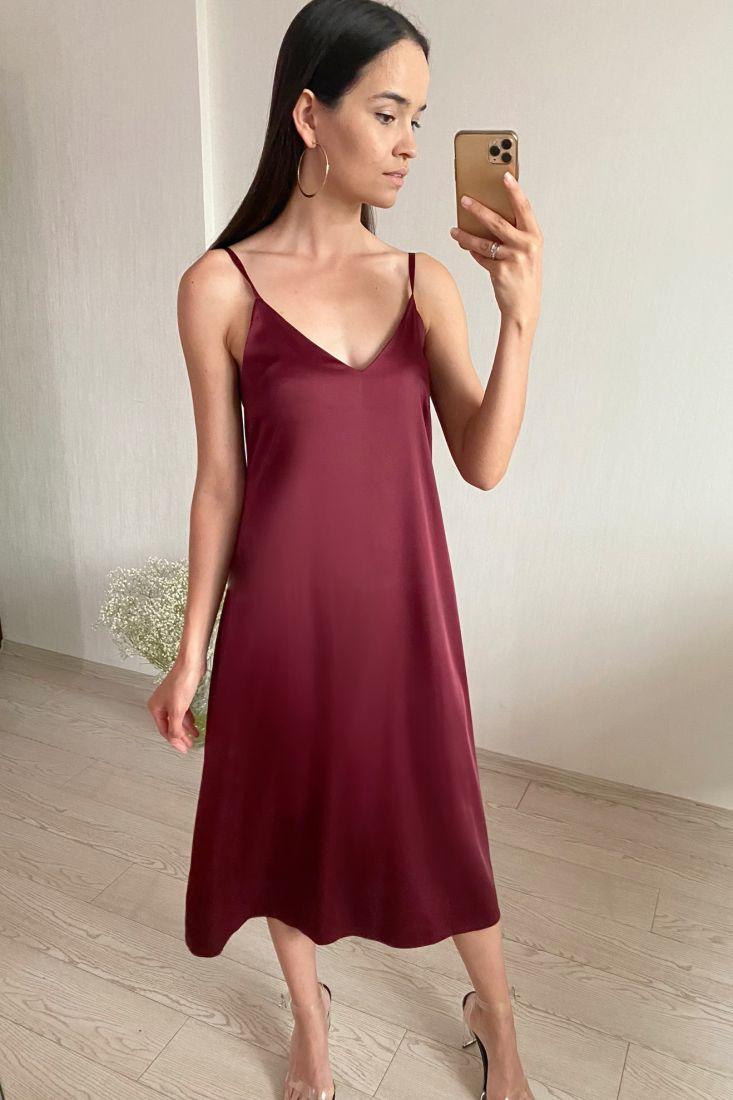 s1783 Платье-комбинация из премиум-шёлка в бордовом цвете