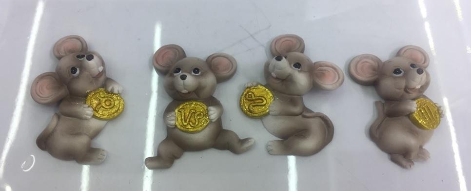 Магнит симв.года крыса и монетка 6 см.,в асс.4 крысы, в пак.