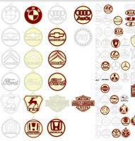 Значки из дерева марки машин