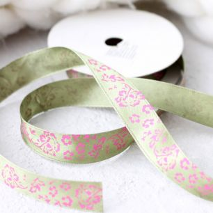 Лента атласная 15 мм пыльно-зеленая с цветами