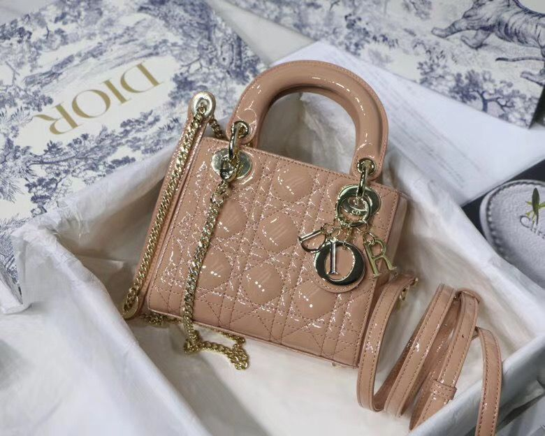 Lady Dior Micro 17 cm