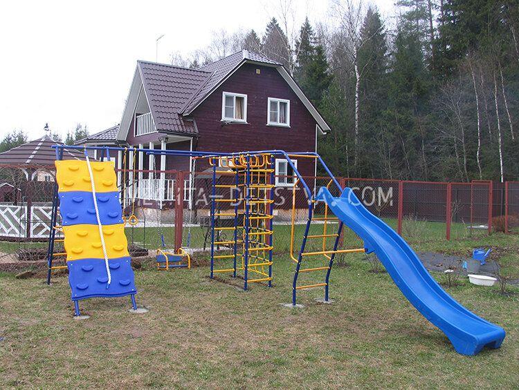 Непоседа-Дачник Модель № 7 со скалодромом и Доп. Модулем с горкой-волна 3,0 м. к П-обр. конструкции
